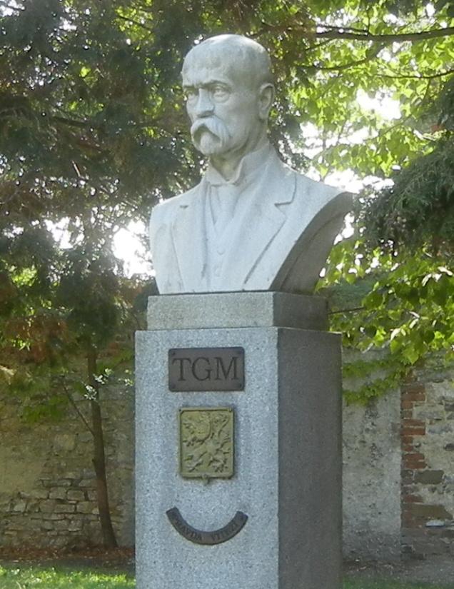 Dnešní podoba busty T.G. Masaryka, po restaurování.