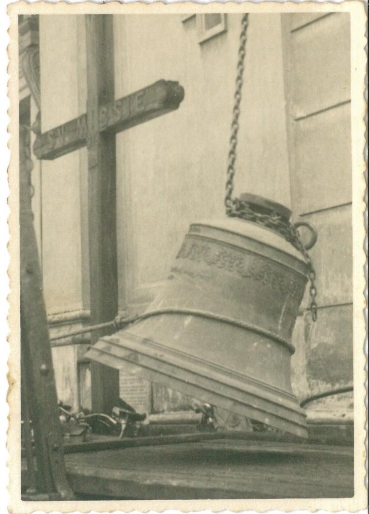 Zvony 3